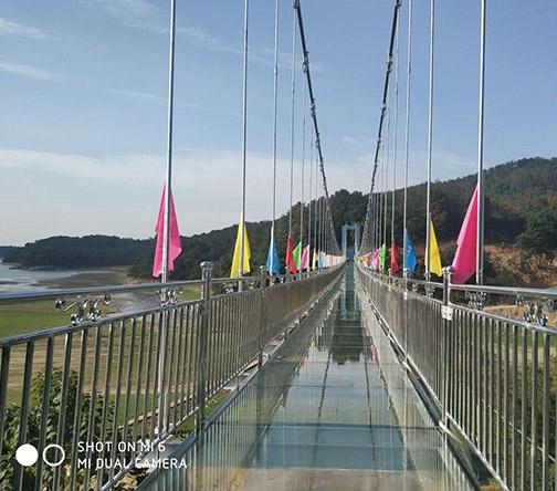 南昌铜源峡景区玻璃桥项目